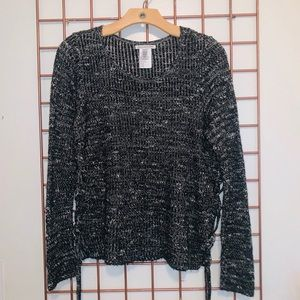 American Eagle black and white sweater